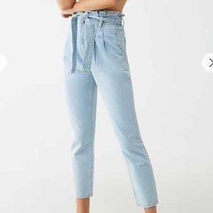 Paperbag ankle pants